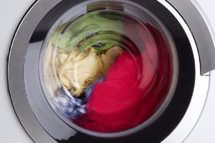 MÉGSE AKART MOSNI A TATABÁNYAI TOLVAJ! Inkább visszavitte a mosógépet