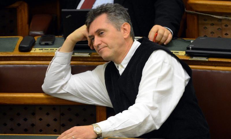 bencsik-parlamentben-index-hu.jpg