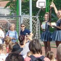 Kétezer táncos a  dr. Mező Ferenc Általános Iskolában