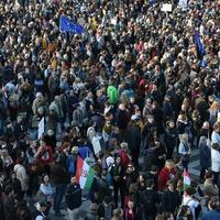 Forgalomkorlátozás és demonstráció a hétvégén