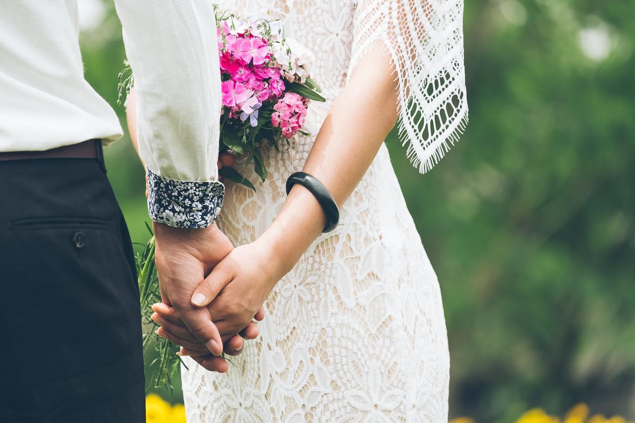 5 mondat, amiért te is felpofoznád a vőlegényedet!