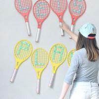 Dekorálj régi teniszütőkkel!