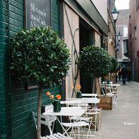 Zöldellő étterem bejáratok