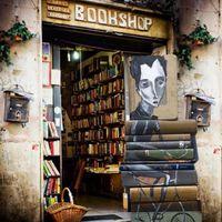 Mert könyvesboltból sosem elég