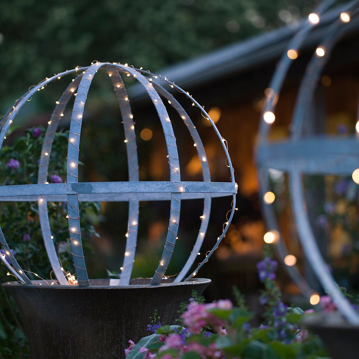 wrap-lights-around-outdoor-lawn-accessories-give-your-yard-glow.jpg