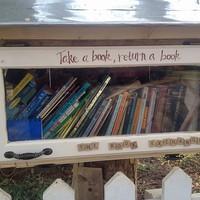 Könyvtári könyvek visszahozatala