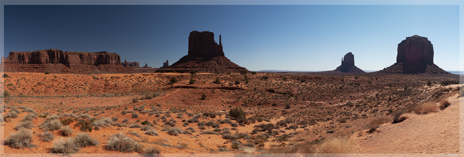 monument_valley_pan_kicsi.jpg