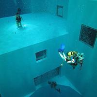 Nemo 33, azaz búvárkodjunk 35 méter mélyen.... Brüsszelben