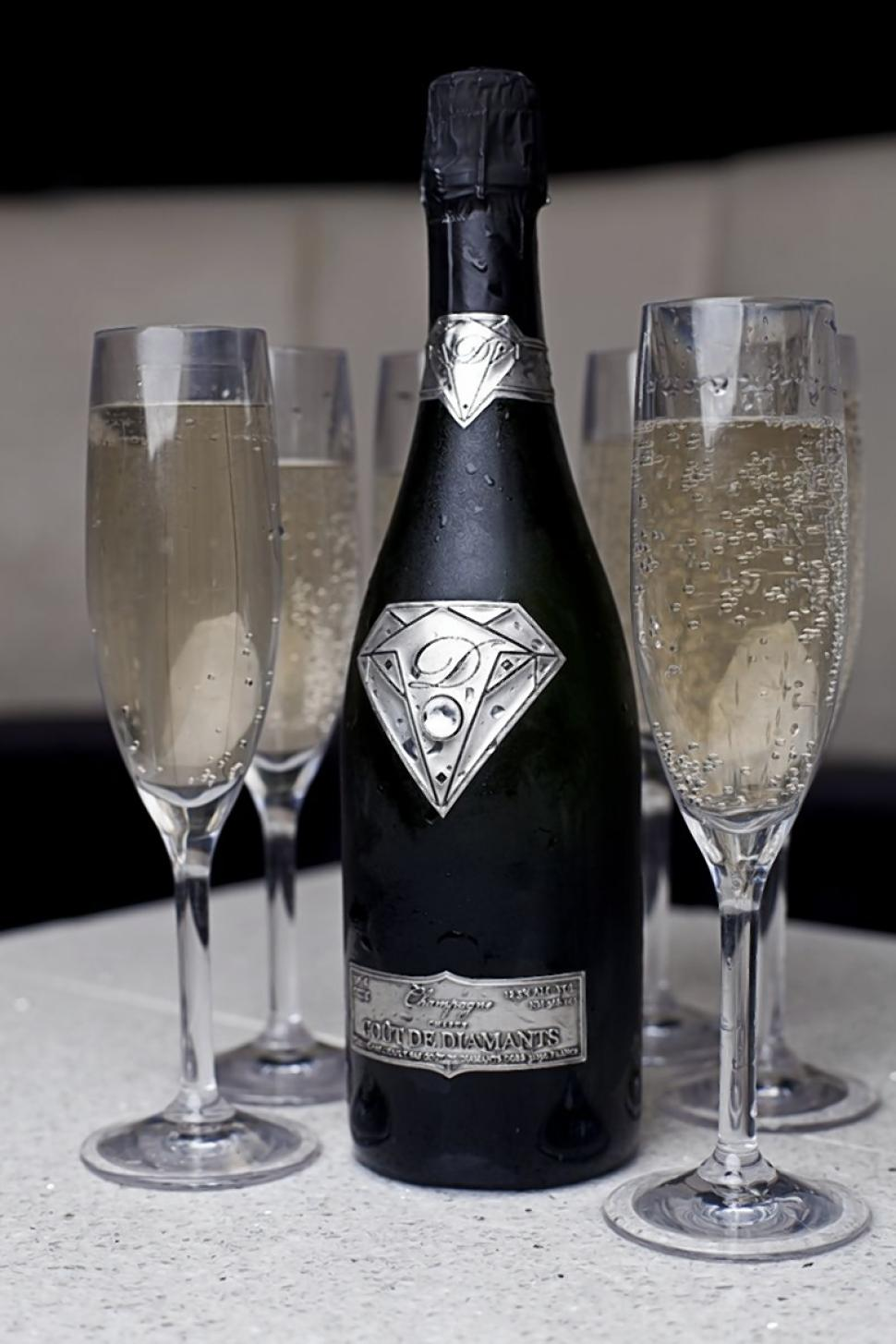 diamondchampagne-4ed96095855-w768-web.jpg