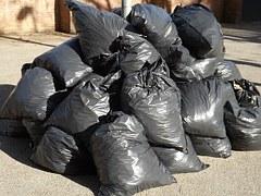 garbage-413757_180.jpg