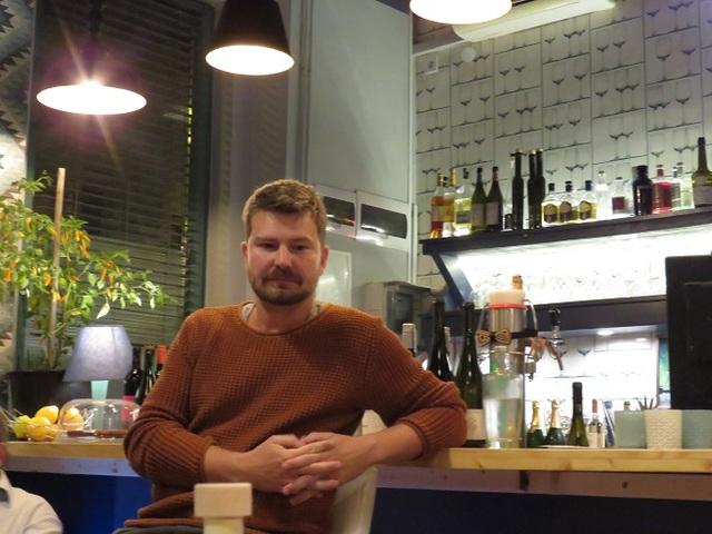 Sziegl Balázs hajósi borász kedvence a kövidinka és nem fél használni
