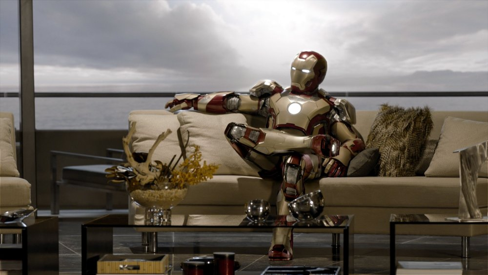 iron-man-3-2013-001-on-chat-show-couch.jpg