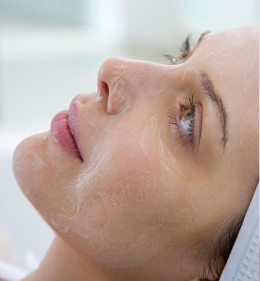 everything-you-need-to-know-about-getting-a-chemical-peel-75407900-75407857-image-source-1024x683.jpg