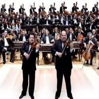 """""""Zene-bor"""", a 100 tagú cigányzenekar ünnepi koncertje"""