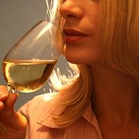 Csökken a borfogyasztás