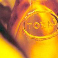 Sajátos bormarketing Tokajért - reggelihez és előételhez kínálják