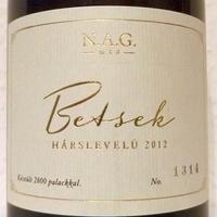 Egy bor, három vélemény – N.A.G. Borművek Betsek Hárslevelű 2012