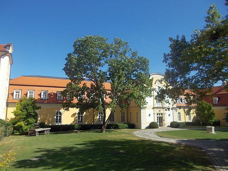 chateaubela1.jpg