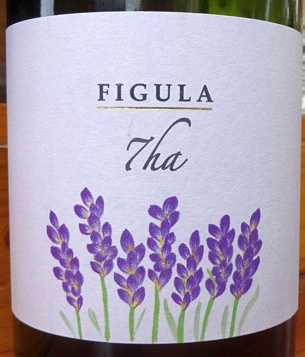 figula202007_06.jpg