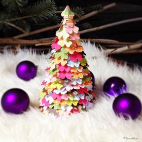 Karácsonyi dekoráció papírfecnikből