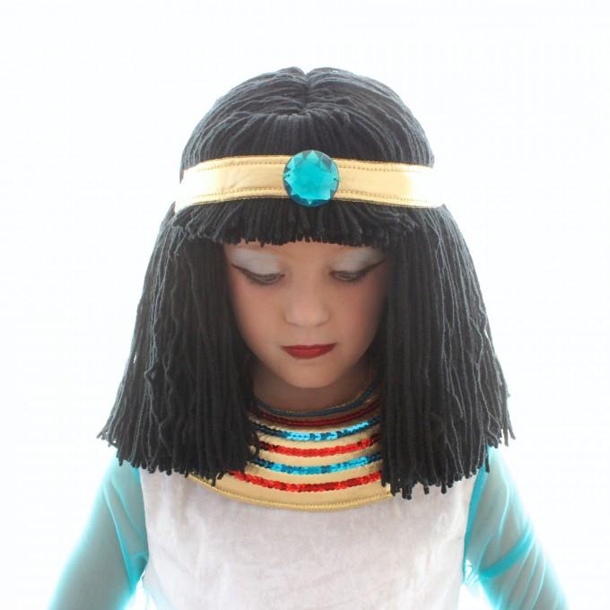 cleopatra-yarn-wig-tutorial-on-made-680x680.jpg