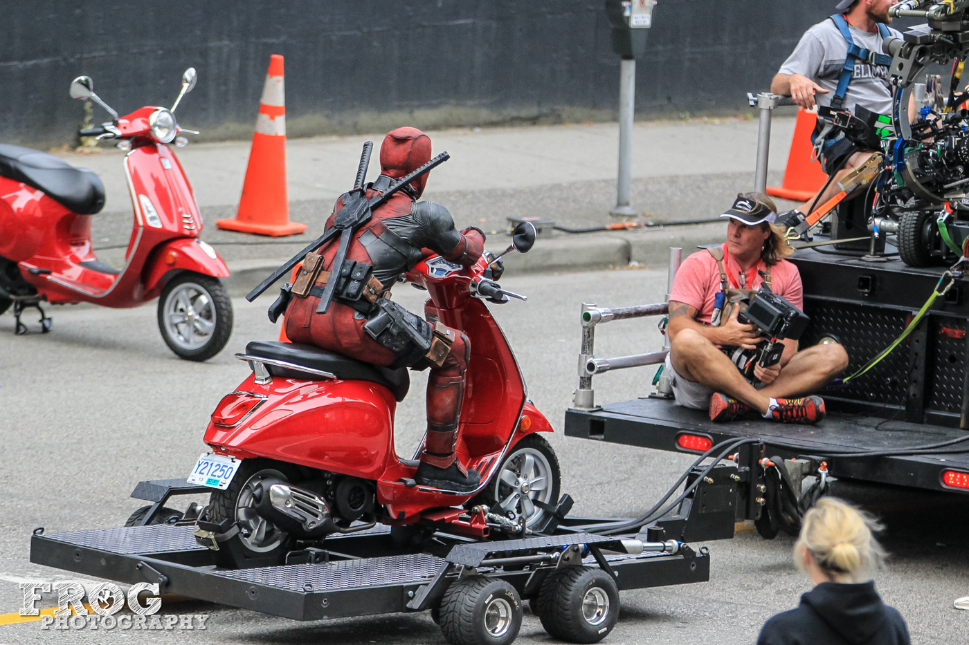 deadpool_2_on_set-1.jpg