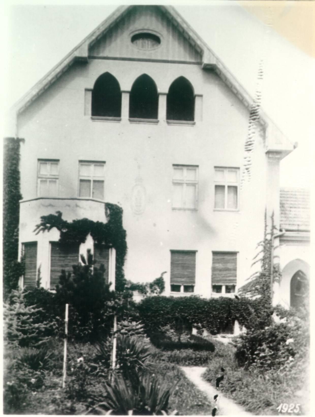 cseuz_1925.jpg