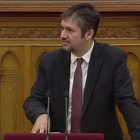 Hadházy: Eddig egyetlen magyar politikust ítéltek el korrupció miatt