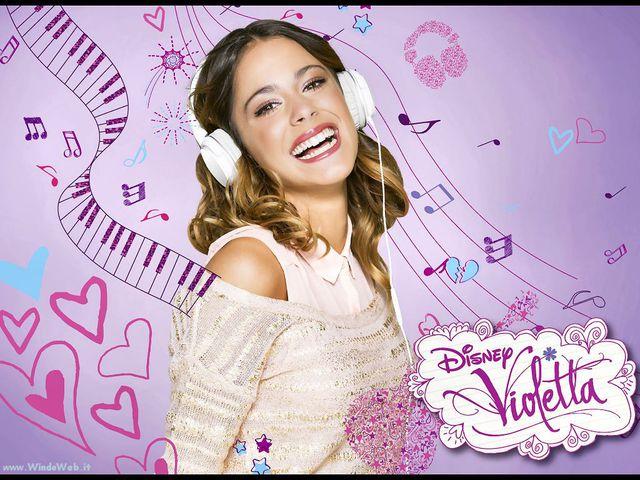 11 hét múlva Budapestre érkezik a Violetta szereplőgárdája!