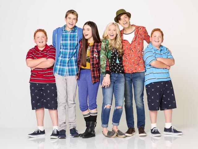 Öribarik – új, időutazós sorozat a Disney Csatornán!