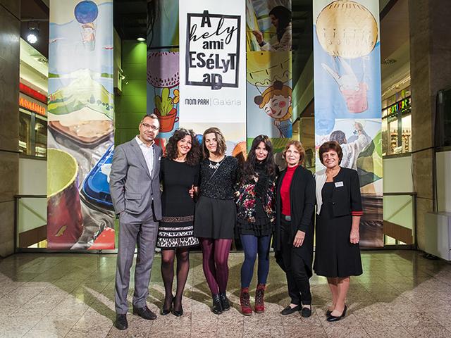 Jótékonysági kiállítás nyílt a MOM Park Galériában