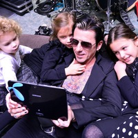 Kiss Endi: Igazi Rock 'n' Roll család vagyunk!