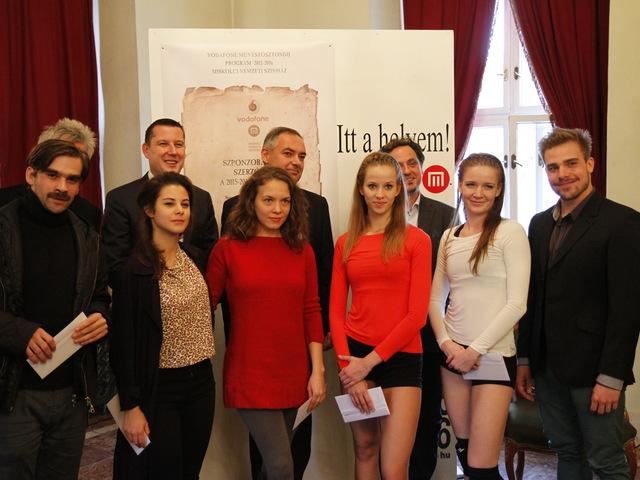 Egyedülálló művészeti ösztöndíj programot indít a Vodafone és a Miskolci Nemzeti Színház