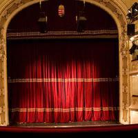 VIDÉK: Éjszaka a színházban Miskolcon is! Négy próba egy este alatt!