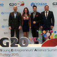 Több munkahelyet akarnak teremteni a fiatal vállalkozók