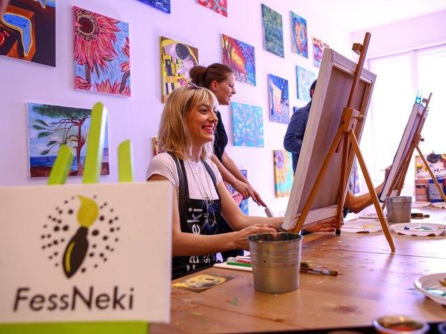 Klimt világhírű festményét alkották újra a sztárok