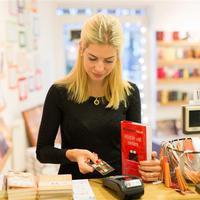 Készpénzmentes könyvesbolt nyílt Budapesten