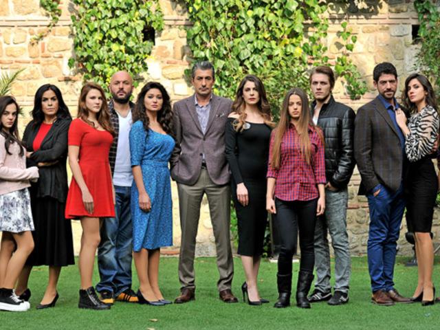 Új török sikersorozat érkezik a TV2-re