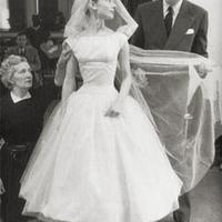 Így változott a menyasszonyi ruha trend a 20. században