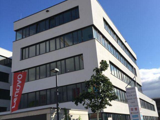 A Lenovo közös alkotásra ösztönzi az ügyfeleket és partnereket az EMEA vállalati tájékoztató központtal