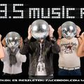 Online Music FM siker