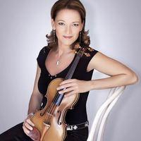 Újévi Koncert Illényi Katicával és a Budapesti Vonósok Kamarazenekarral