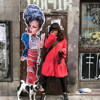 Miss KK babái ismét Budapest utcáin