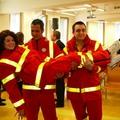 Divatbemutató a mentősök új formaruhájával