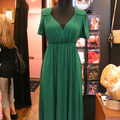 Mennyibe kerül ez a ruha? Tippeld meg! (Ugyanitt kisvakondszerkó)