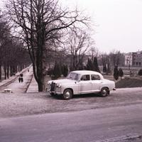 A dunaparti sírkövek temetője – Németvölgy