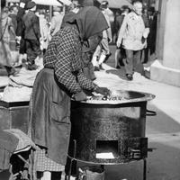 Az aranykorban ezt árulták télen Budapest utcáin