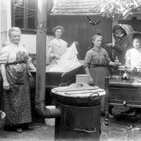 Gépies mosás helyett az első mosógépek