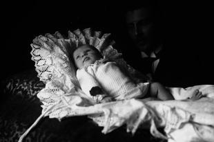 Gyermeket szülni már az aranykorban sem volt könnyű!
