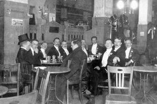 Képzeletbeli vizit egy századfordulós kávéházban